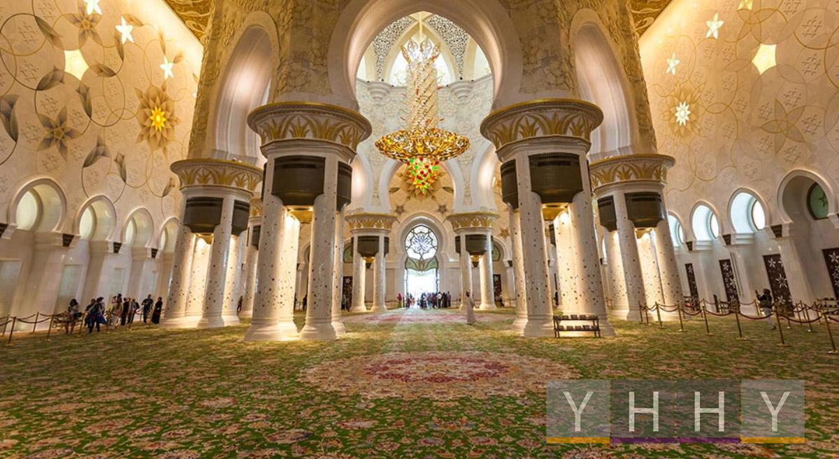Самый большой ковер в мире в мечети шейха Зайда