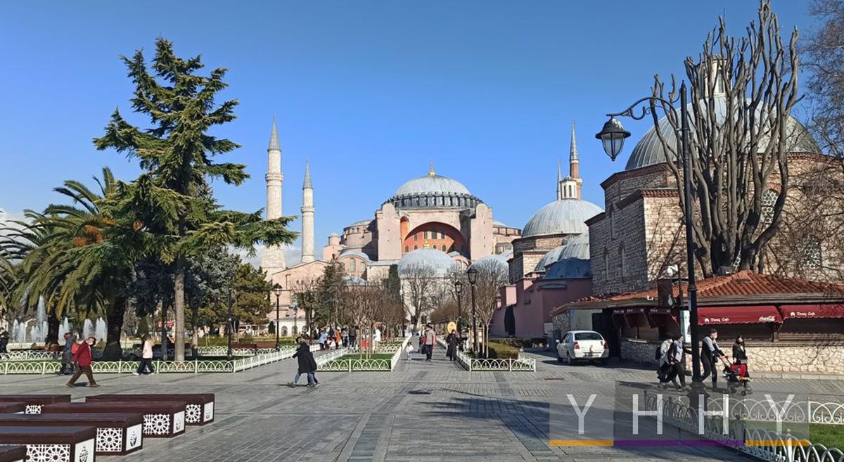 Большая мечеть Айя-София в Стамбуле