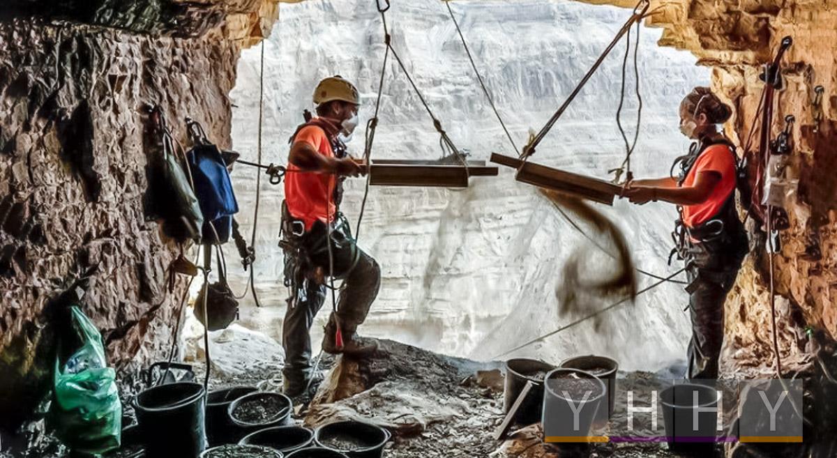 Скелет ребенка возрастом 6000 лет нашли в «Пещере ужасов» Израиля