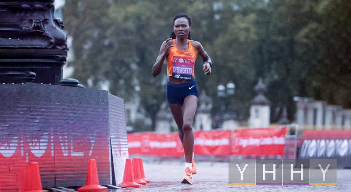 Кенийка Рут Чепнгетич побила рекорд полумарафона в Стамбуле